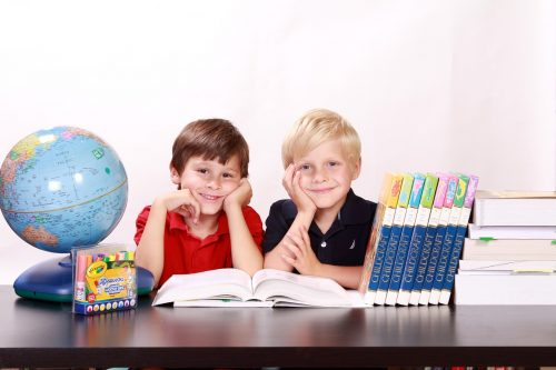 the-pros-and-cons-of-homeschooling-an-ahd-kid-1